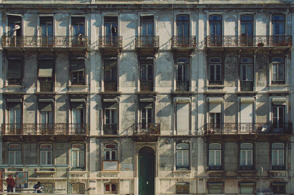 Portogallo Sostiene Pereira di Antonio Tabucchi passato